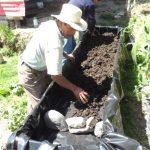Mejoramiento de lombricompostera en Cuimanzana, San José Chacayá